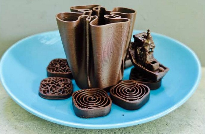 Шоколадные фигурки, приготовленные на 3D-принтере